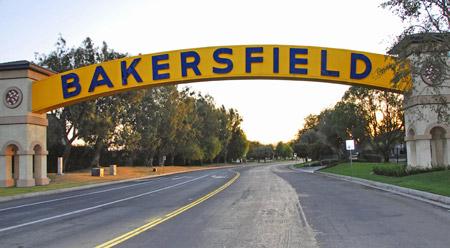 http://www.cacklefest.com/08CHRR/BAKERSFIELD-SIGN.jpg